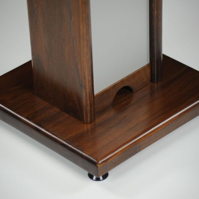 Zaor_Monitor_stand_walnut_foot
