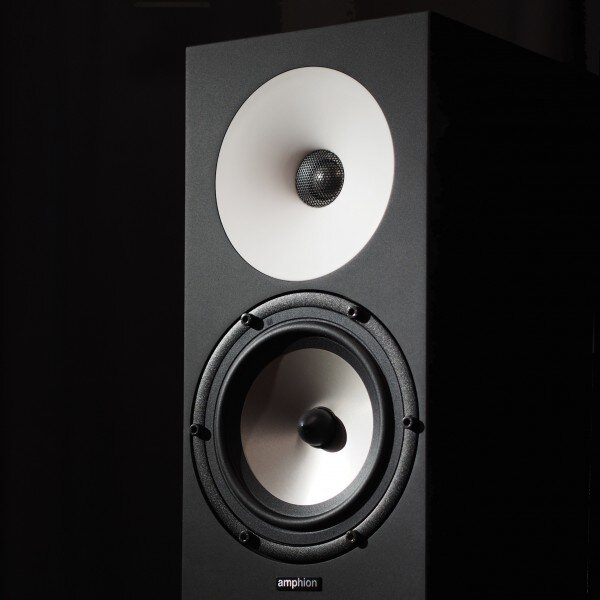 amphion_one 18 showroomaudio_2